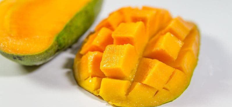 mango-fruit-cut-into-squares-min